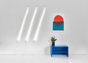 La lampe murale éclairée par induction de Castor Design